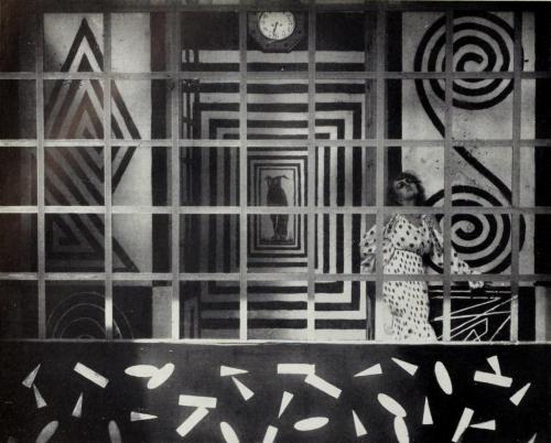 Thais (1917) - Anton Giulio Bragaglia.jpg